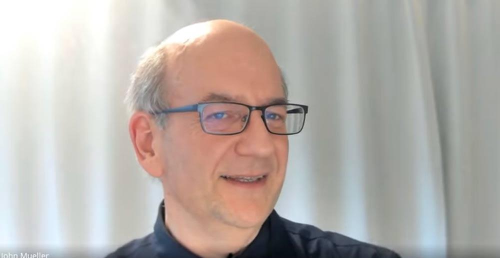 Google Çalışanı John Mueller